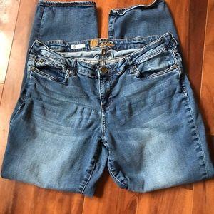 Kut from the Kloth Katy Boyfriend Jeans. Size 14